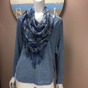 Unity world were knit top Removable scarf